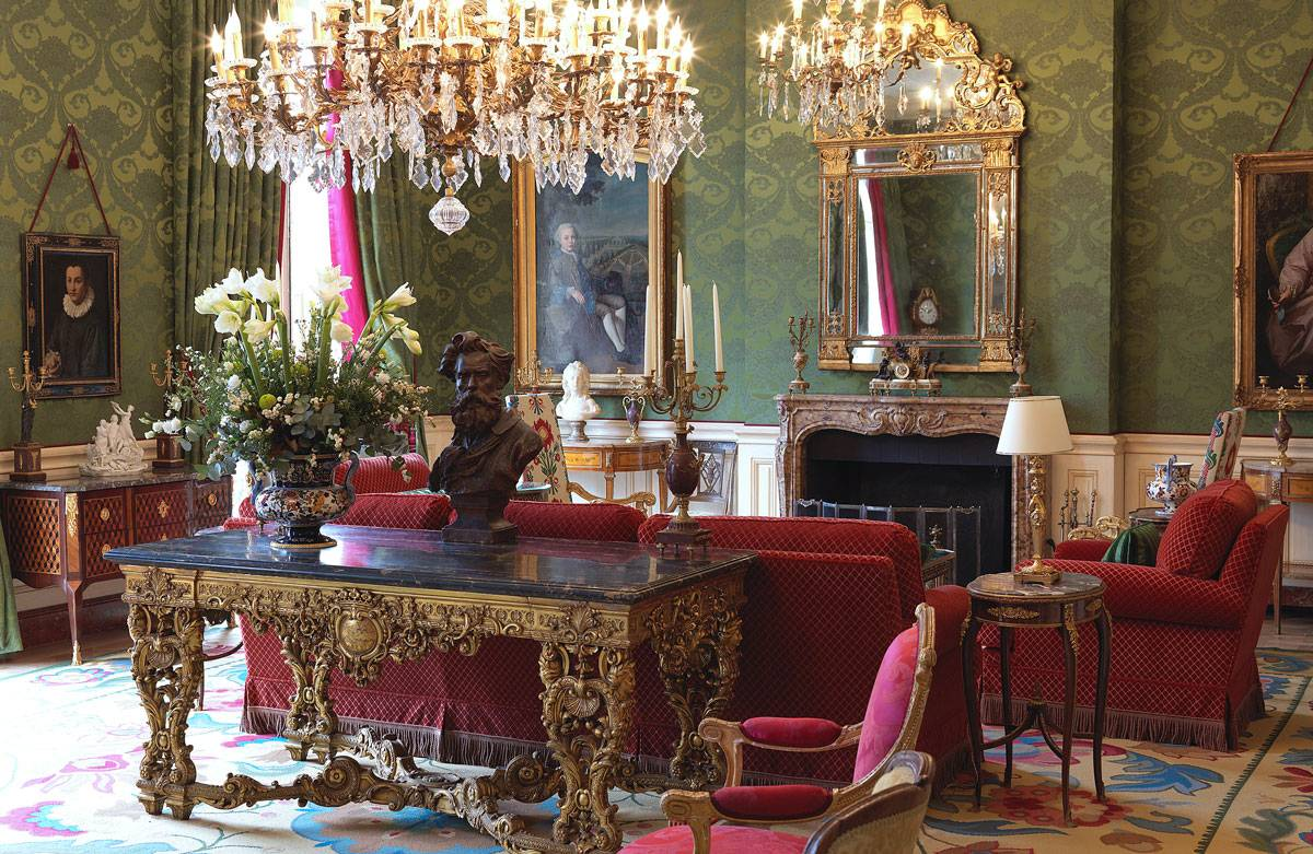 r alisations de votre tapissier d corateur sur aix en provence. Black Bedroom Furniture Sets. Home Design Ideas