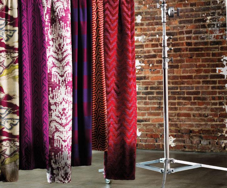tissus d 39 ameublement allen robert aix en provence couture d 39 ameublement sur mesure sud de la. Black Bedroom Furniture Sets. Home Design Ideas